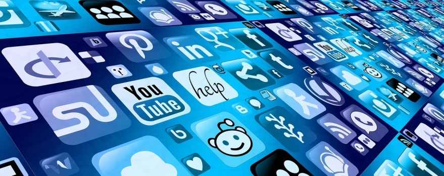 6 ways to use social media in your job search